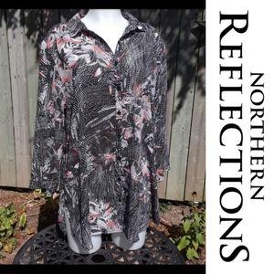 Size XXL floral button-up Collard blouse